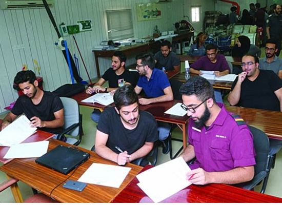 Gulftimes : Aeronautical college to acquire 14 training aircraft